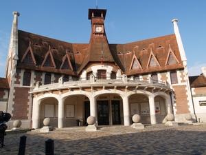 Caruso33 d couvrir bordeaux bastide 33100 mairie for Achat maison bordeaux bastide
