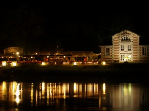 LIBOURNE : by night