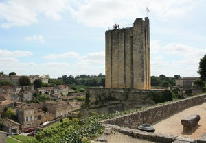 SAINT-EMILION : tour du Roy