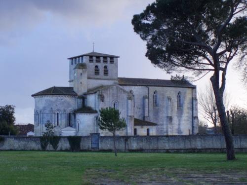 Caruso33 d couvrir st denis de pile 33910 tourisme et for Saint denis de pile 33